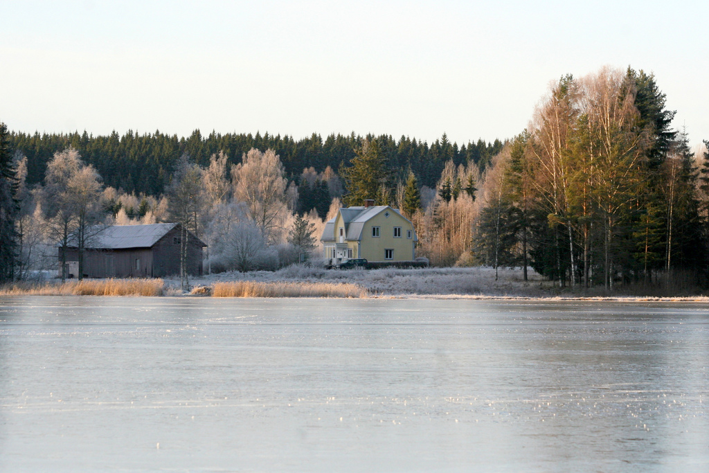sagen-winter-view-from-the-lake